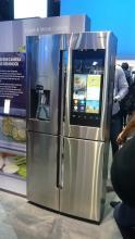 Холодильник Samsung с сенсорным экраном