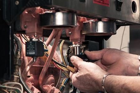 Благодаря опыту мастеров ремонт кофемашин Bosch проходит у вас дома очень быстро