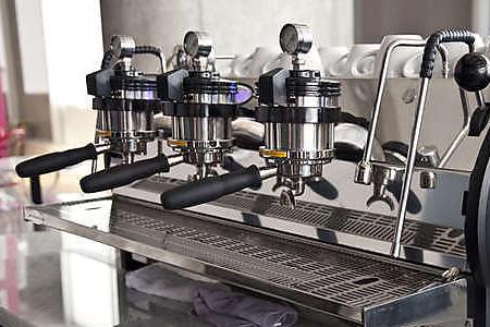 «МастерБюро» быстро и качественно произведет ремонт кофемашин Ла Марзокко по доступным ценам