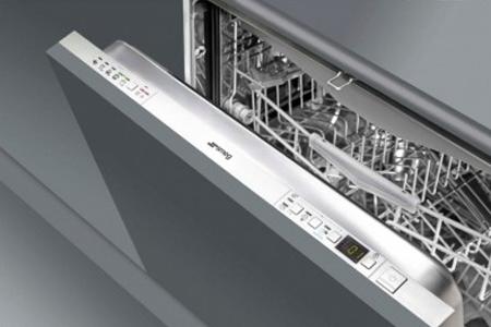 Более 5 лет мы возвращаем к жизни посудомоечные машины разного производства, включая оборудование Смег