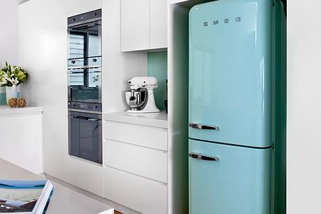 Диагностика и ремонт холодильников Smeg в Москве и МО